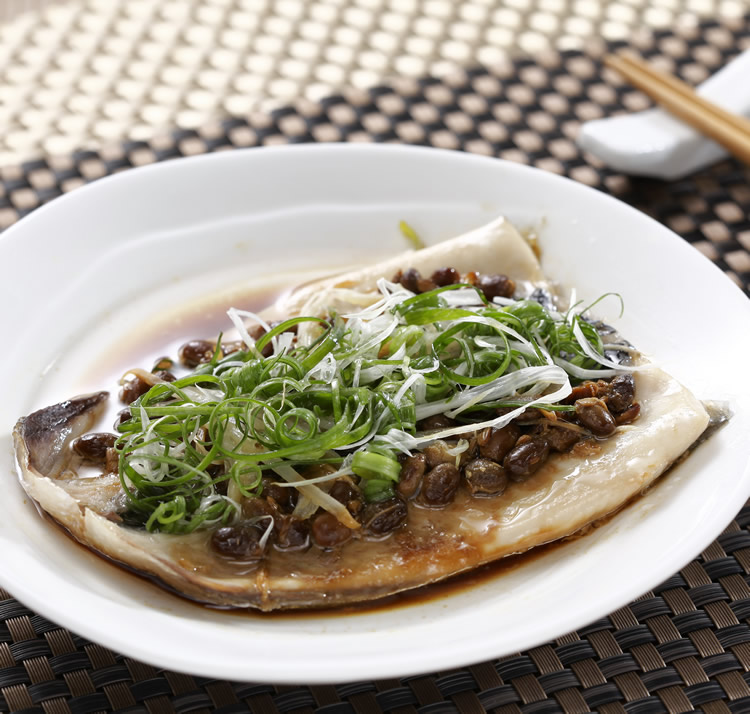 電鍋蒸虱目魚