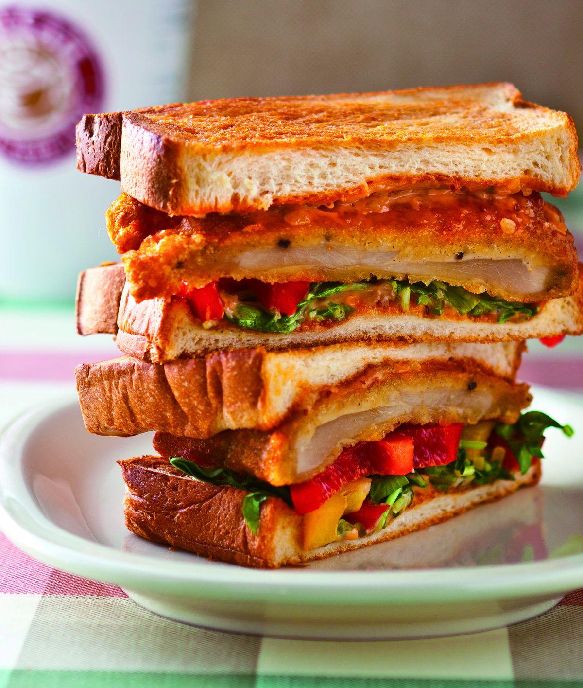 酥炸雞排三明治