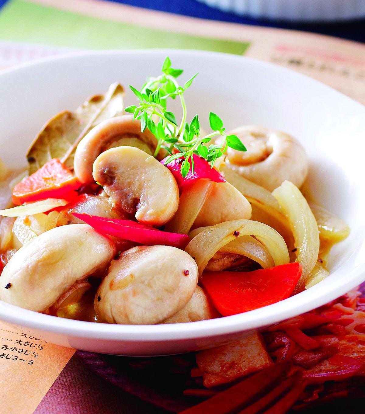 百里香奶油燴蘑菇