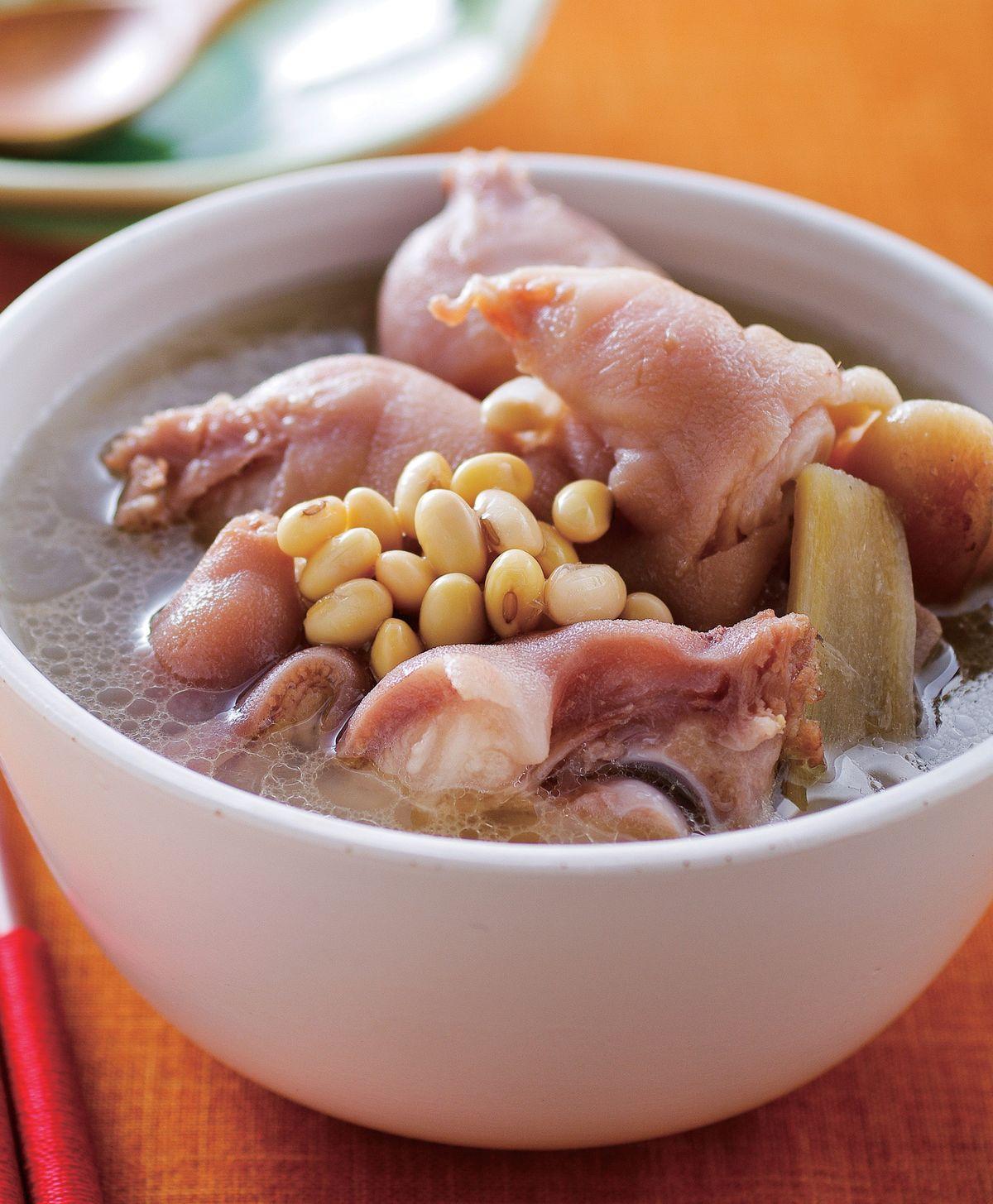 黃豆燉豬蹄
