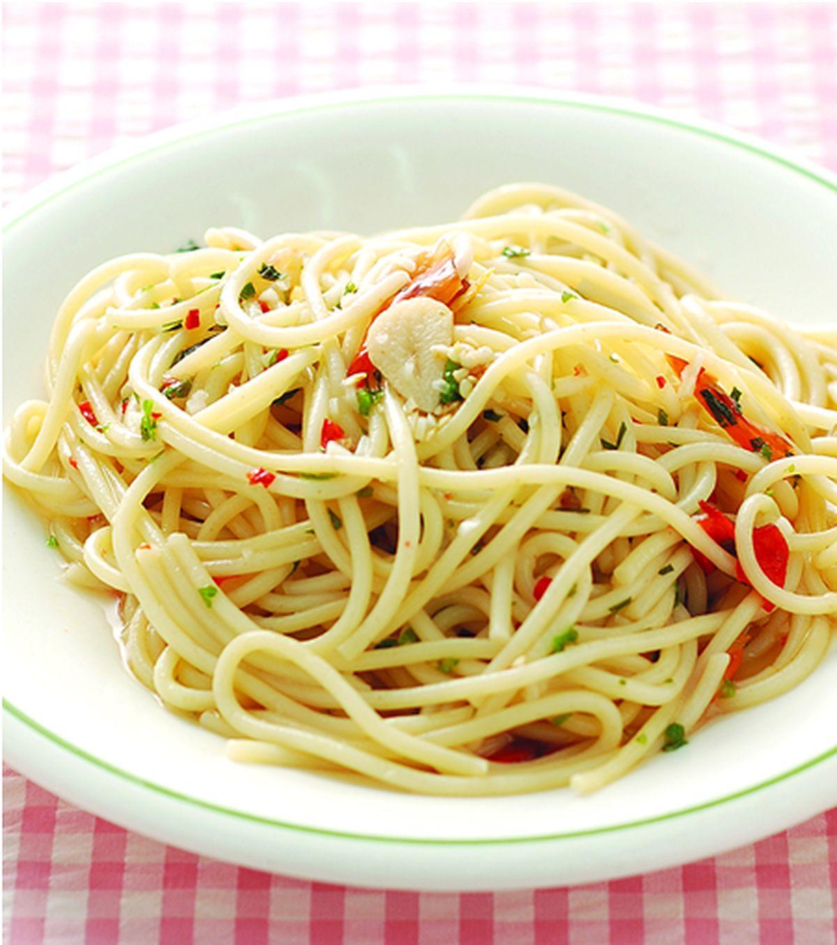 辣味蒜香義大利麵::食譜